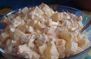 салат копченая курица с ананасами
