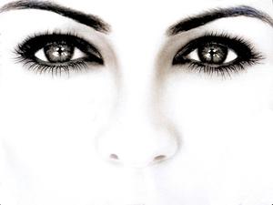 пристальный взгляд в глаза