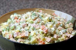 Традиционный праздничный салат
